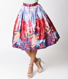 Did you need something bubbly, darling? A vivacious vintage inspired Pin-up skirt by Retrospec'd, Bonnie is a cotton confection made for Paris loving beauties! Printed in a pink and purple watercolor design that's infused with stunning hues in an scenic s