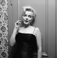 Marilyn.(too predictable to pin but i have never seen this photo.)