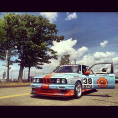 Gulf inspired BMW e30 at Watkins Glen International