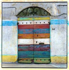 Striped door, Italy