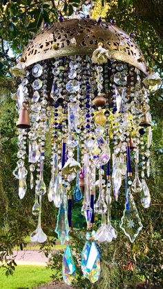 Windchime Massive Antique Crystal Ornate Floral Pierced Brass Global C.Windchime Massive Antique Crystal Ornate Floral Pierced Brass Global Collected Wind ChimeOne of a Kind UniquenessArtistry Crystal Wind Chimes, Diy Wind Chimes, Glass Wind Chimes, Carillons Diy, Diy Crafts, Crystal Garden, Floral, Suncatchers, Yard Art