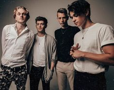 New picture of the boys🎬♡😍 The Vamps Songs, Brad The Vamps, Bradley Simpson, Somebody To You, Will Simpson, Tv Show Music, 1d And 5sos, Pierce The Veil, Playing Guitar