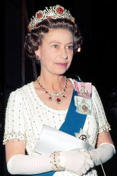 Queen Elizabeth II at Covent Garden Opera House, London, May 30, 1977. Her Majesty is wearing the Burmese Ruby Tiara and the Baring Ruby Necklace.