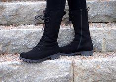 Pomarin vegaanikengät säähän kuin säähän   Rabbit GLow -blogi, vegaani, kengät, eettinen muoti, vegaaniset vaatteet Ethical Fashion, Combat Boots, Converse, Army, Shoes, Gi Joe, Zapatos, Sustainable Fashion, Military