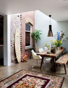 Deze woontrend eclectische wonen staat voor persoonlijkheid en creativiteit. In de kunst wordt deze stijl omschreven als elementen van twee of meerdere historische stijlen combineren.