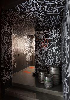 'punkraft' by ater architects brings the rebellious spirit of craft beer to kiev 'punkraft' bar by ater brings the rebellious spirit of craft beer to downtown kiev Bar Interior, Studio Interior, Interior Design, Architecture Restaurant, Restaurant Design, Restaurant Tables, Craft Bier, Graffiti Wall, Beer Bar