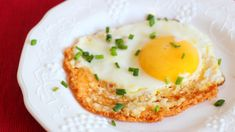 Behold the Cheesy, Crispy Glory of the Frico Fried Egg Eggs Behold the Cheesy, Crispy Glory of the Frico Fried Egg — lifehacker Keto Cheese, Cheese Fries, Fried Cheese, Fried Egg Recipes, Healthy Recipes, Sausage Recipes, Keto Recipes, Healthy Food, Food For Memory