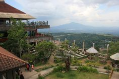 Top 10 Fun Things to do in Tagaytay, Philippines Mountain Park, Staycation, Things To Do, Mansions, House Styles, Building, Tagaytay Philippines, Travel, Outdoor