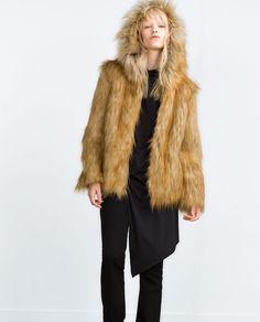 0f8e91c72a991 Descubre la nueva colección de ZARA online. Las últimas tendencias para  mujer