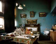 """House-commune Narkomfin. Interior. Fhoto: Richard Pare 1995. Source: """"Construir la revolución"""". La Caixa /TURNER."""