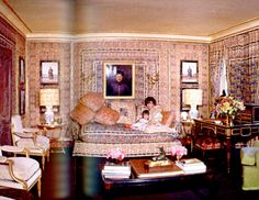 Lee Radziwill and daughter Christina in their London living room, designed by Renzo. Photographed by Cecil Beaton.