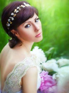 pearl headbands, wedding bands, flower crown, hair crown, golden head, tiara gold, tiara headband, bridal flower headpiece, silk flowers