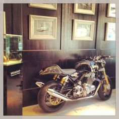 Men will love the interiors of the Bremont Boutique, London #Mayfair #London  www.5ivestarlondon.com London Instagram, Instagram Posts, Mayfair London, Interiors, Boutique, Star, Luxury, Men, Interior