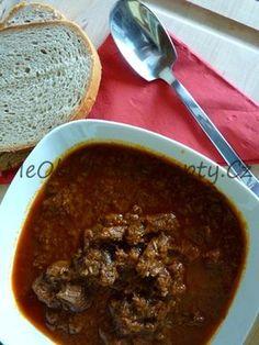 Myslíme si, že by sa vám mohli páčiť tieto piny - Beef Goulash, Czech Recipes, Food 52, Stew, Ham, Chili, Food And Drink, Dinner, Cooking