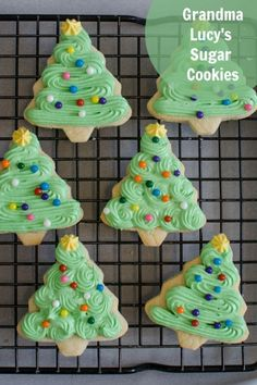Soft and tender Christmas sugar cookies that are sweet and keep their shape very well and are perfect for decorating; Grandma Lucy's secret recipe! #christmascookies #sugarcookies Christmas Sweets, Christmas Cooking, Noel Christmas, Christmas Goodies, Christmas Candy, Christmas Cupcakes, Christmas Recipes, Holiday Recipes, Christmas Wreaths