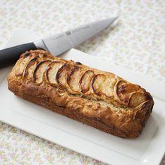 Eindelijk eens een 'gezonde' cake! Deze cake is op basis van speltmeel en bevat geen suiker. Lekker met de appel en kaneel!