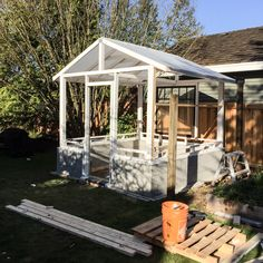 Vintage Home build a greenhouse from vintage windows, gardening, home improvement, outdoor living - This will look amazing in your yard! Diy Greenhouse Plans, Outdoor Greenhouse, Backyard Greenhouse, Small Greenhouse, Backyard Sheds, Homemade Greenhouse, Portable Greenhouse, Greenhouse Wedding, Pool Shed