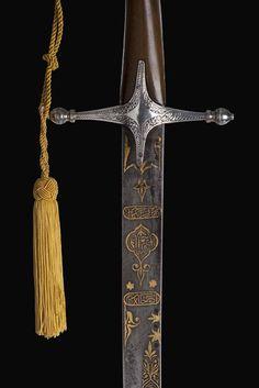Curved Swords, Indian Sword, Dagger Knife, Katana Swords, Swords And Daggers, Arm Armor, Firearms, Art Forms, Knight