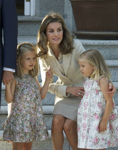 infantas leonor & sofia with letizia of spain
