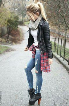 <3 I like her shoes