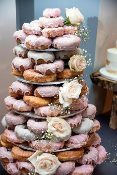 Beautiful Stan's Donuts wedding display.