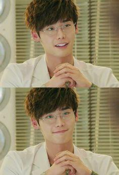 "Lee jong suk in the kdrama ""Doctor Strange"". I like his smile ♡♡ Lee Jong Suk Cute, Lee Jung Suk, Park Jin Woo, Park Hae Jin, Asian Actors, Korean Actors, Korean Dramas, Lee Jong Suk Doctor Stranger, Kang Sora"