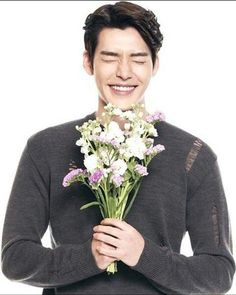 Heart broken after listening to the news,get well soon,oppa. Kim Woo Bin, Asian Actors, Korean Actors, Korean Guys, Korean Actresses, Lee Jong Suk, Lee Hyun Woo, Won Bin, Park Bo Gum