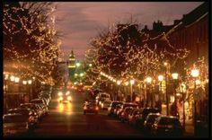 Las familias que están buscando un pequeño destello para la temporada navideña, encontrarán miles de maneras de celebrar juntas en Virginia.