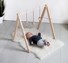 折りたためる赤ちゃん用のベビージムをDIY! │ TIPS │ 自分らしいDIYスタイルを追求するウェブMAG │ DIYer(s)
