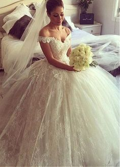Buy discount Fantastic Lace Off-the-shoulder Neckline Ball Gown Wedding Dresses With 3D Flowers at Dressilyme.com
