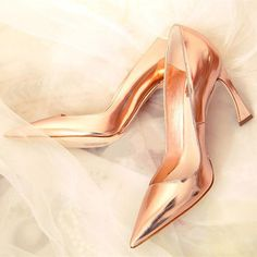 Searching for affordable Kitten Heel Shoe in Shoes, Women's Pumps, High Heels, Novelty & Special Use? Buy high quality and affordable Kitten Heel Shoe via sales. Enjoy exclusive discounts and free global delivery on Kitten Heel Shoe at AliExpress Gold High Heels, High Heel Pumps, Women's Pumps, Pump Shoes, Stiletto Heels, Shoe Boots, Shoes Heels, Glamour, Dream Shoes