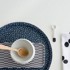 LUMI dark blue tray, white/black rectangular pattern tray and Marta Armada x Ruth Landesa porcelaine spoon nama.fi www.martaarmada.com
