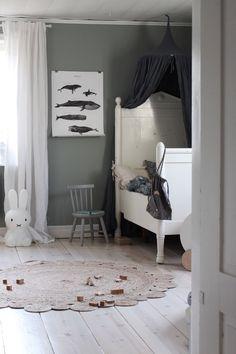 Emily Slotte -Inredning, barn och familjeliv hos The Happy Hill Mens Room Decor, Baby Room Decor, Home Decor, Man Room, Girl Room, Modern Kids Bedroom, Toddler Rooms, Kids Room Design, Baby Bedroom