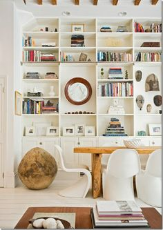 Neat and organized: Love the idea of this built-in shelf, it's just how I imagine my library