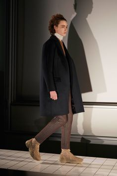 Acne Studios Fall 2017 Menswear Collection Photos - Vogue