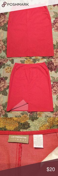 🎉🎉NEW PRICE🎉🎉Liz Claiborne Skirt Liz Claiborne skirt in red with front and back pockets with slit in back.  Medium length Liz Claiborne Skirts Midi