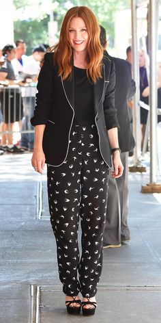 Want to wear all black this summer? Take a cue from Julianne Moore. Caught leavingThe View at ABC Studios, the star makes all those darks work for warm weather with playful prints, lightweight fabrics, and open toe shoes.