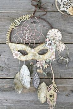 DIY Blue Feather and Bead Dream Catcher. This dream catcher is an attractive one made… Los Dreamcatchers, Beautiful Dream Catchers, Diy And Crafts, Arts And Crafts, Paper Crafts, Craft Projects, Projects To Try, Graphic 45, Home And Deco