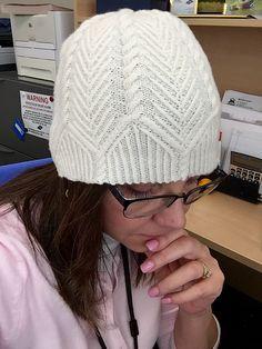 Ravelry: wesben's Skookum Cabled Hat (test)