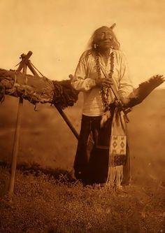 elderly native american   Native American elder & his pipe