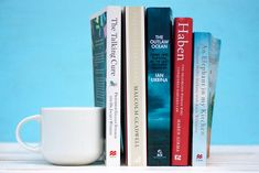On our Bedside Table: Stories of Strangers, Oceans, Animals, Troubles & Disabilities Book 1, The Book, Malcolm Gladwell, Talk To Strangers, Book Corners, Book Review, Professor, The Cure, Elephant