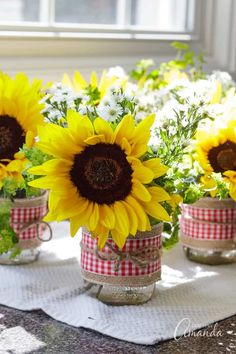 Birthday Brunch Party Decorations Mason Jars Ideas For 2019 Picnic Centerpieces, Sunflower Centerpieces, Mason Jar Centerpieces, Mason Jars, Wedding Centerpieces, Brunch Party Decorations, Brunch Decor, Brunch Ideas, Sunflower Birthday Parties