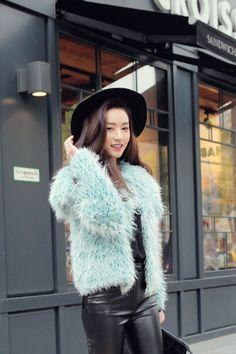 bluish fur