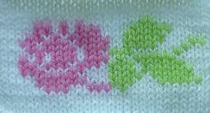 Вышивка по петлям