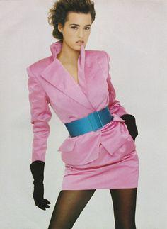 """Skin Satin Shine"", Vogue UK, October 1987  Photographer : Peter Lindbergh  Model : Yasmin Le Bon Uploaded by 80s-90s-supermodels.tumblr.com"