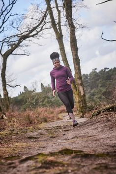 Tales of my running adventures in Devils Punchbowl, Surrey with Stance Europe, Runners Need and Freestak on my first every trail session. Photography skills learnt from James Carnegie