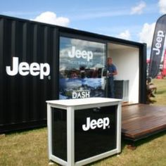 jeep-exhibition-unit-container-conversion4