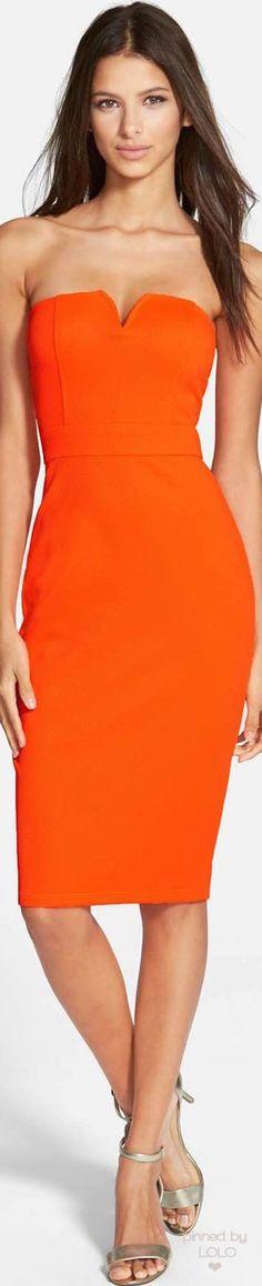 Speechless Notched Strapless Midi Dress | LOLO❤︎