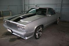 1980 el camino  Besuty. Black nd silver detail w/chrome
