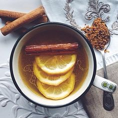 A big thank you to everyone who participated in #EBseasonalsips! We can't wait to share some of our favorite shots in our next print issue! On a snowy day like today, this tonic from @thefeedfeed is particularly inspiring. #EBdailypic